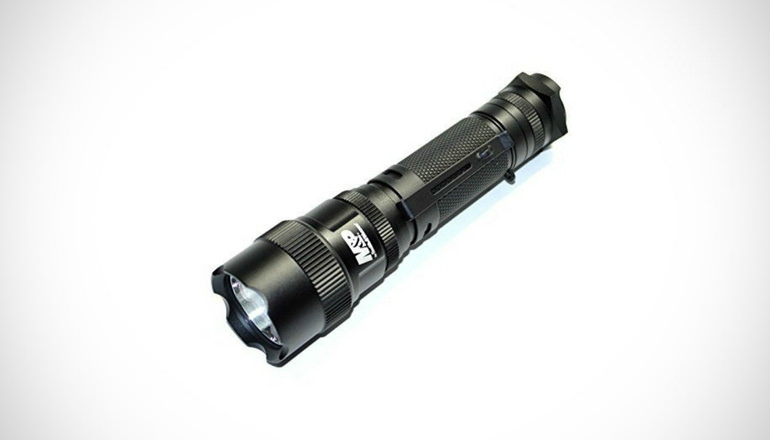 Smith & Wesson Tactical Flashlights MP12